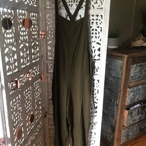Forever21 comforter overall jumpsuit